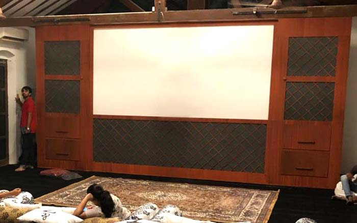 Lumina Screens Used at the Premiere of 'Typewriter'