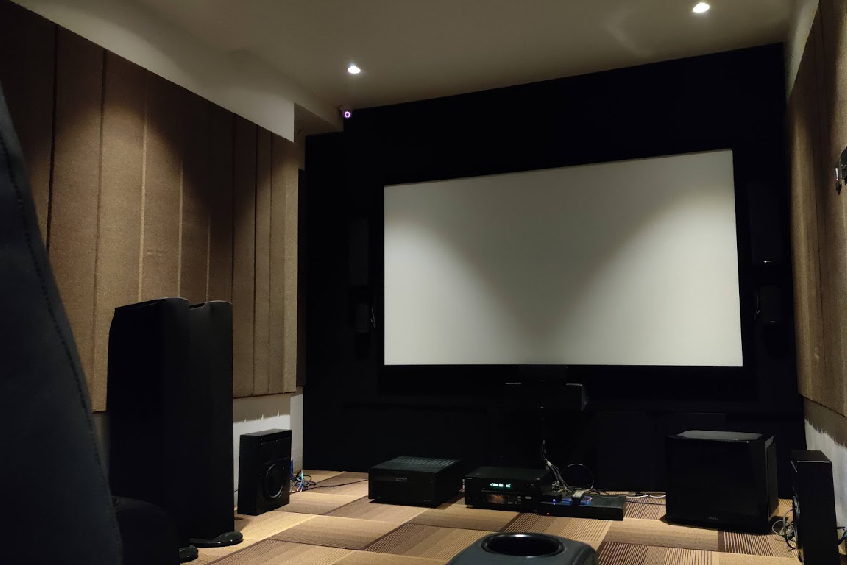 Know about Lumina's innovative projection screens that will make your viewing experience highly engaging